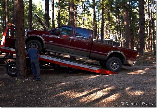 01 Truck going on tow truck NR GRCA NP AZ (1024x706)