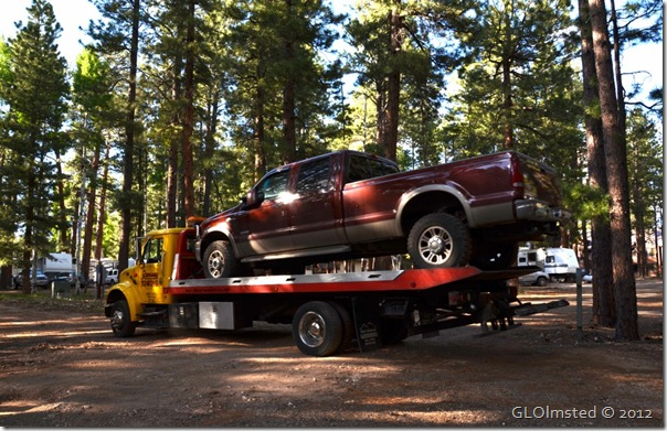 02 Truck being towed away from NR GRCA NP AZ (1024x660)