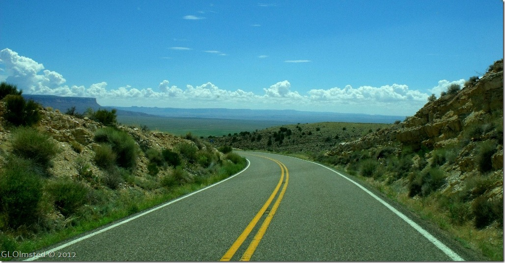 03 Dropping off Kaibab Plateau to House Rock Valley SR89A E Kaibab NF AZ (1024x531)