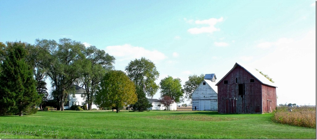 01 Farm along SR6 near Utica IL (1024x452)