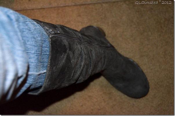 03 179 $11 boots from thrift store in Prescott AZ (1024x678)