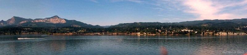 Columbia river from Sternwheeler  Washington