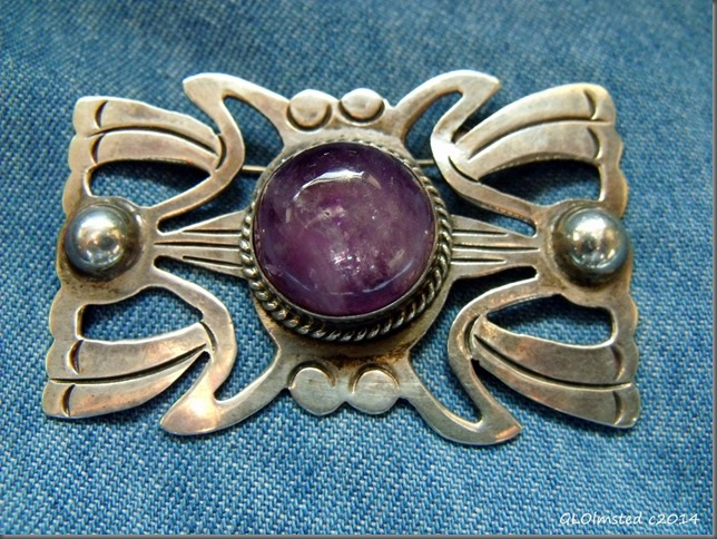 Mexico sterling broche with amethyst cab thrift store Prescott Arizona