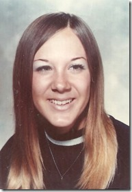 Gail 17 yrs old 1971 Downers Grove IL